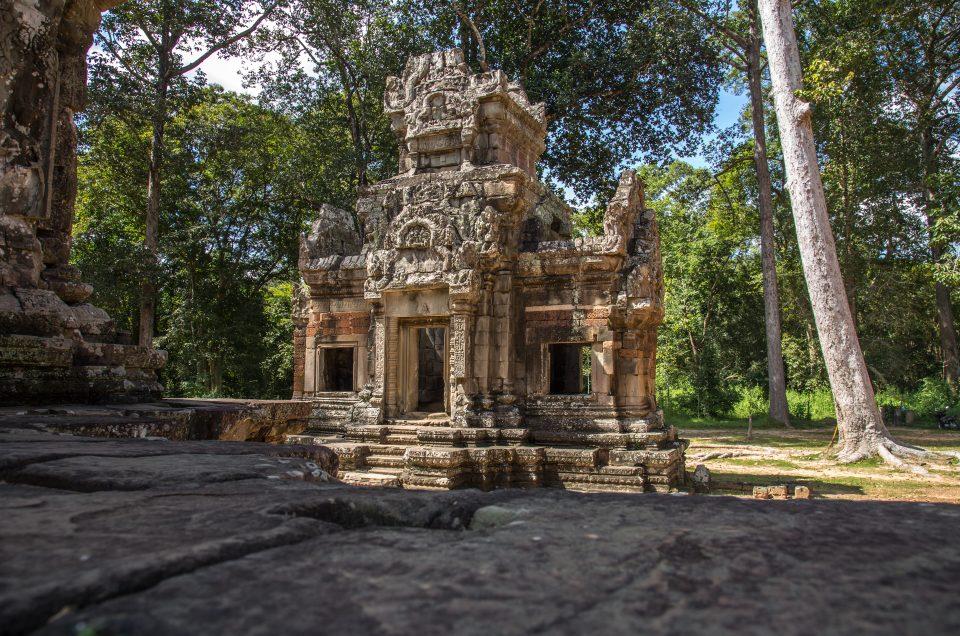 Kontakt mit den Khmer