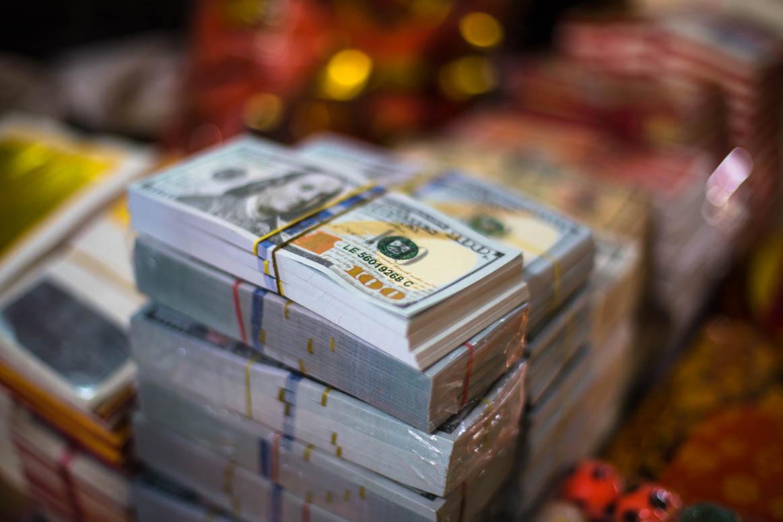 Geld zum spenden