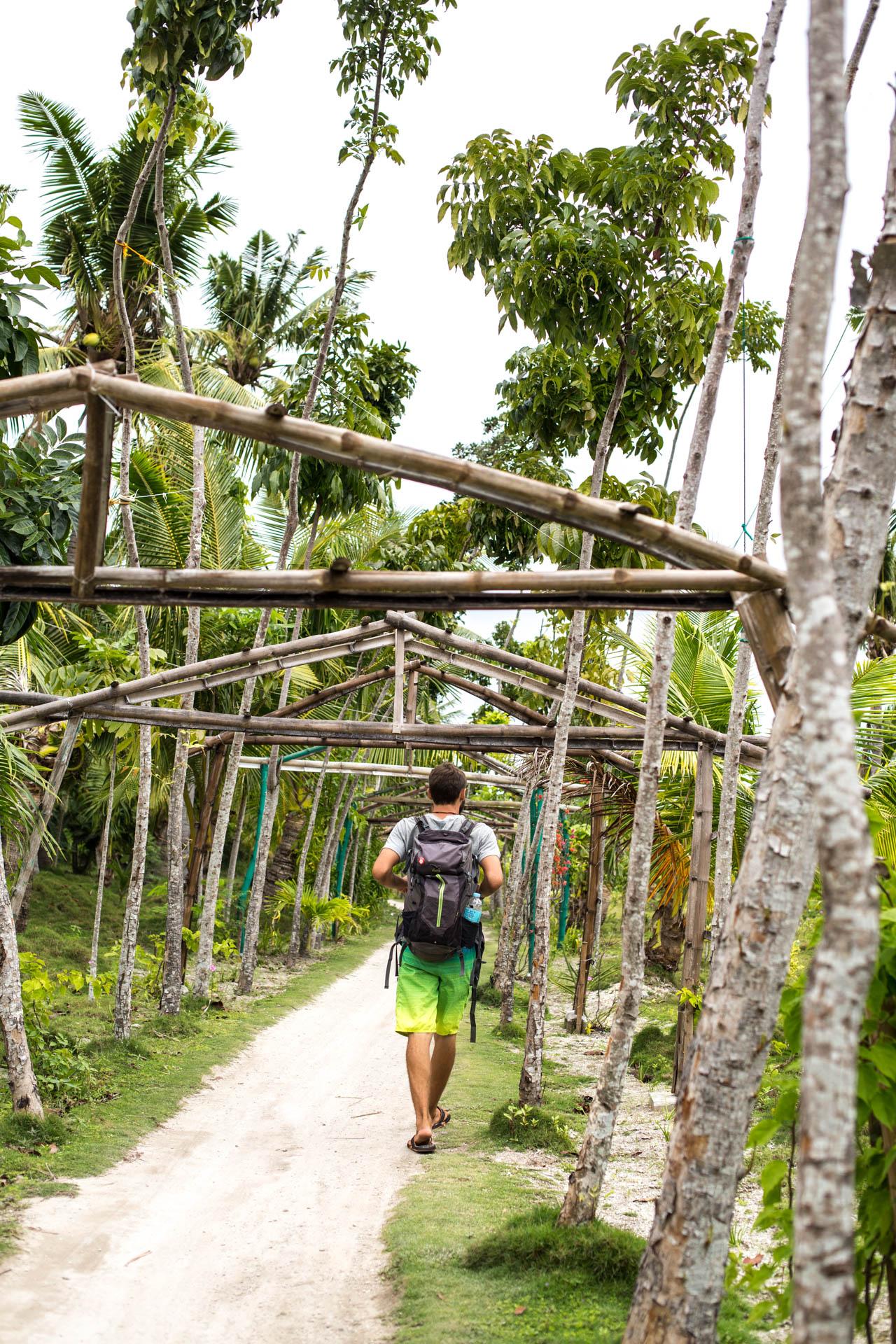 Spaziergang um die Insel
