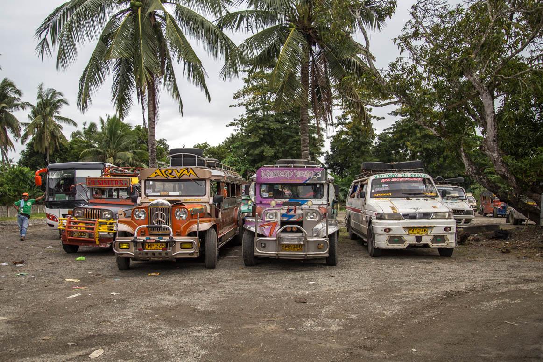 Jeepny Busbahnhof
