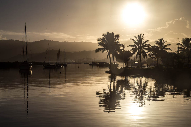 Savu Savu bei Sonnenuntergang